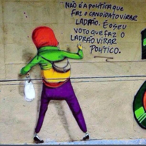 Foda!! Dos gêmeos dos mestres!! #instaart #spray #riodejaneiro #rj #instagraffiti #graffiti #graffite #artederua #art #artist #urbanart #graffitibrazil #graffitebrazil #loveart #spraypaint #streetart #freestyle #graffitirj #graffrio #rua #mtn #hiphop #streetartrio #ruasdazn #trapacrew #tafaltandomuro