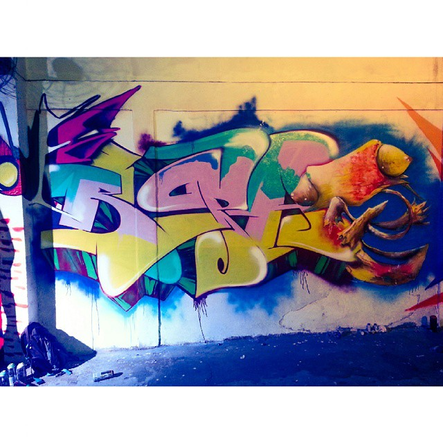 Full piece in Lira de Ouro with my bro OPS - #KeepMoving