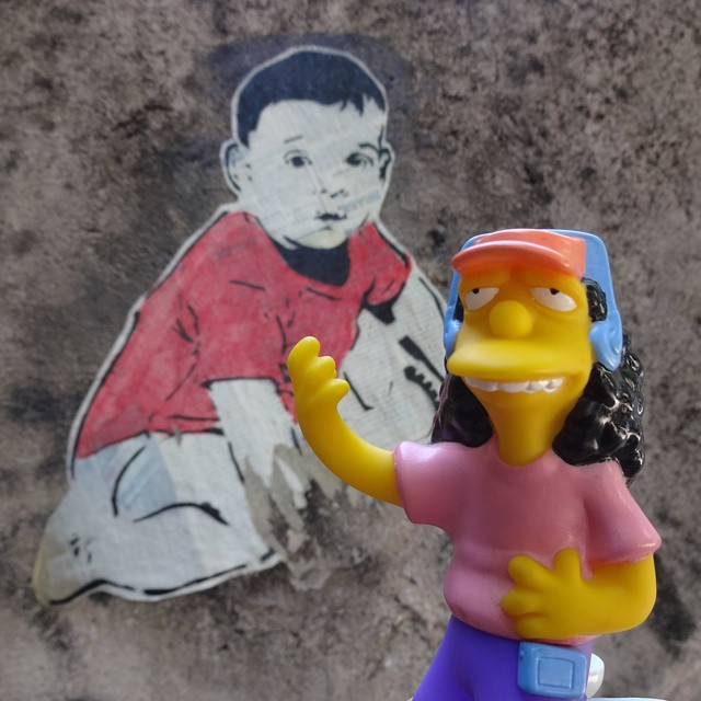 Hoje é dia de rock, bebê! m/ #hojeédiaderockbebê #rocknrollbaby #ottomann #ottothebusdriver #simpsons #mattgroening #jornalcarioca #stencilart #stencil #lambe #lambelambe #coladefarinha #wheatpaste #pasteup #urbanart #arteurbana #riostreetart #streetartrio #riodejaneiro