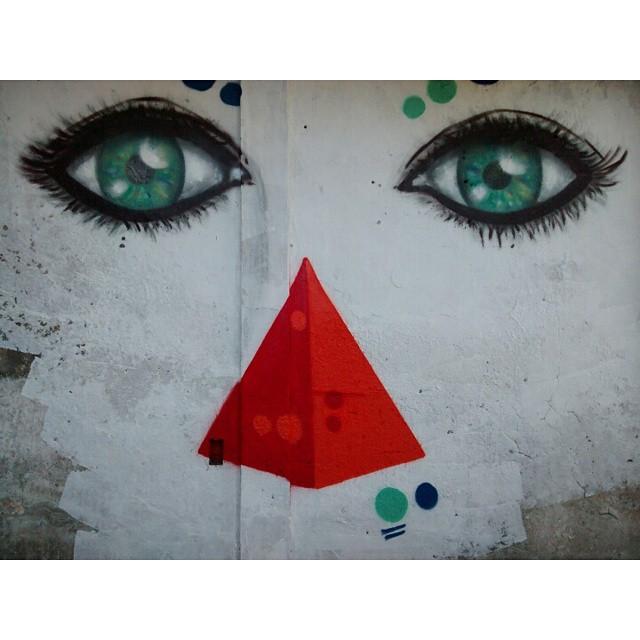 #Kaduori #streetartrio #streetart #graffiti #olhos #morrodaprovidencia #instagrafite #graffitibrazil