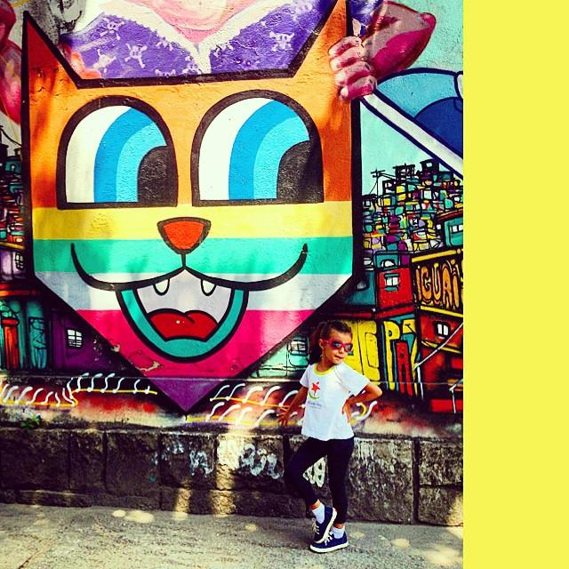 Minha gatinha #líderdacrew #mm #ninabailarina &  #graffiti #hípica #jb @minhau_sp @marceloment #idolnostyle #streetstyle #artederua #arteurbana #streetart #streetartrio #artcollective @idolnoproject