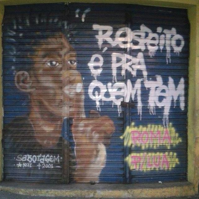 Psiu... Não se sabote / Sabote-se! #ilovebombing #streetartrio #street #art #brazil #graffiti #instaart #spray #riodejaneiro #rj #instagraffiti #graffiti #graffite #artederua #art #artist #urbanart #graffitibrazil #graffitebrazil #loveart #spraypaint #streetart #freestyle #graffitirj #graffrio #rua #hiphop #romastreetart