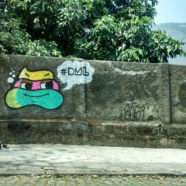 #streetart #street #TagsForLikes #sprayart #urban #urbanart #urbanwalls #art #instagraffiti #instagood #artwork #mural #graffiti #photooftheday #instagraff #instagrafite #streetartandgraffiti #graffrio #graffitirio #dmlone #jb #rj #rio #streetartrio