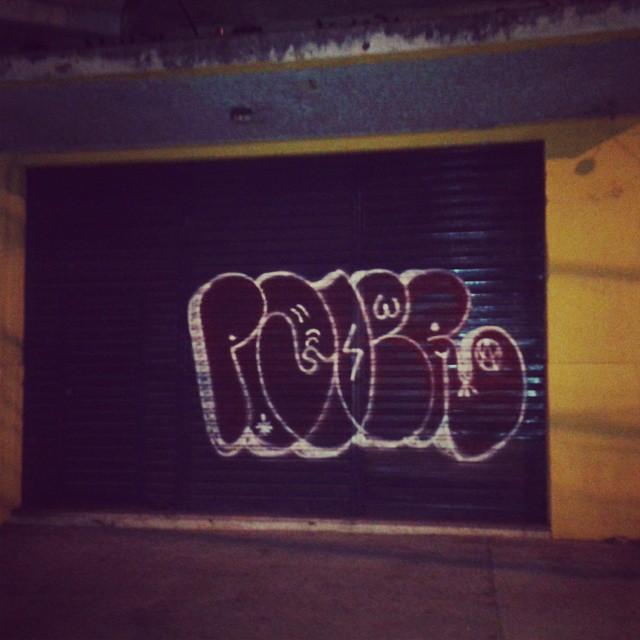 Chicote estrala #vandal #tagsandthrows #welovebombing #tagsandthrows #estiloriginal #streetartrio #artistasurbanoscrew #poderafro #aucrew