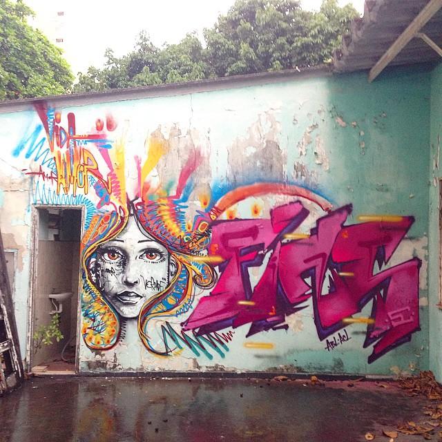 Completo...preza rápida no flow fugindo da chuva com @marcelojou para nosso irmão @madeira_photo... A quick one with my homie #fins #marcelojou #graffiti #instagrafite #streetartrio #rio #riodejaneiro #rj #tijuca #zn #zonanorte #original #carioca #marcelojou #marceloment #mentone