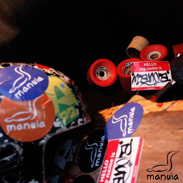 Ferramenta de trabalho do nosso cúmplice @weynesilva . #CumplicedoConceito . . #BorahPraRua #borahmanuia #longboard_brazil #longboard #skt #sk8 #surf #skate #surfrj #boarding #streetart #streetartrio #urbanart #urbano #misturaurbana #aterrodoflamengo #rasgada #slide #riders #shape #truck