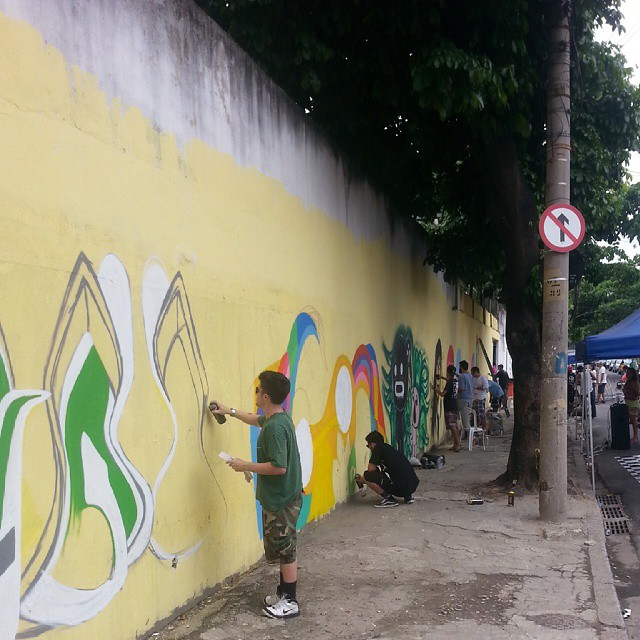Galera braba da zona norte! XD #streetartrio #polho #streetart #ruasdazn