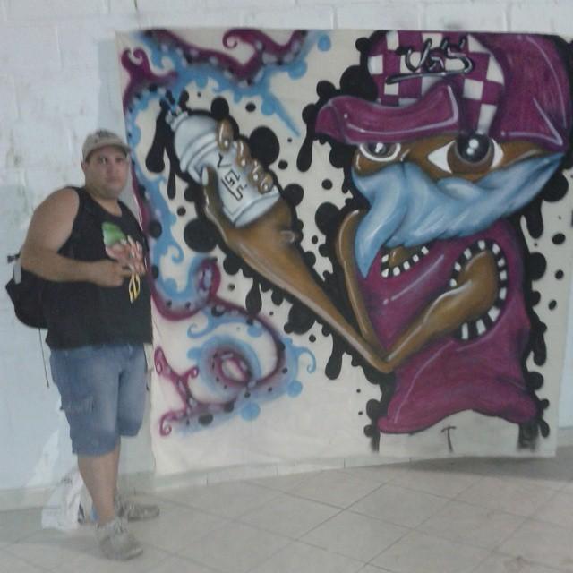 Graffiti na batalha de Break em sepetiba #arteurbana #arteurbana #cosmo #grafitezo #reliquiadazo #streetart #streetartrio #instagraffit #vitorvgs #fzocrew #painelgrafitado #vitorvgs #fa