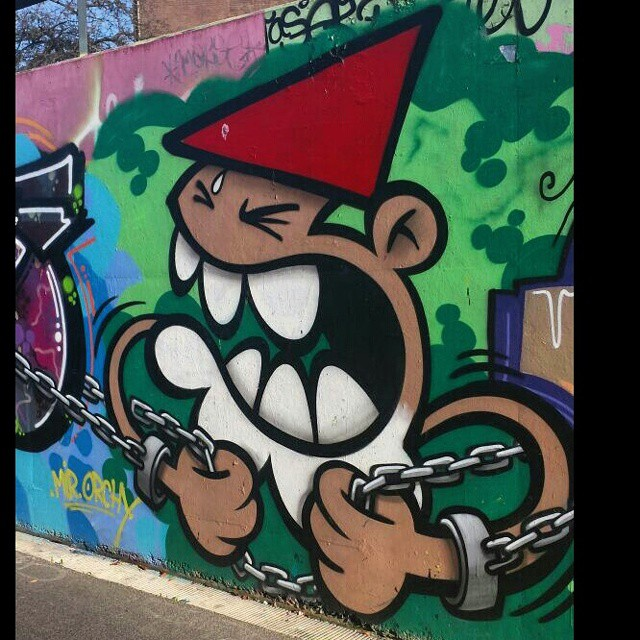 Kbtr #instagraffiti #streetgraff #streethaveeyes #street_art_and_graffiti #streetart #streetartutopia #streetwriters #streetculture #streetartuncovered #streetartrio #urbanwalls #urbangraffiti #urbangraff #arteverywhere #wallart #klotterkultur #klotter #stateyourname #gettinup #graffiti #graff #elgraffiti #spraydaily #publicart #citystreetart #citywalls #dutchstreetart