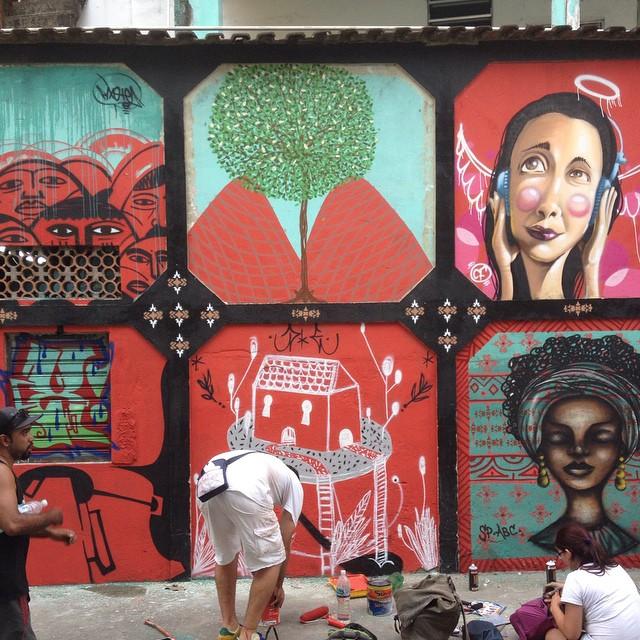 Parte do que rolou hoje no MOF. Com @tainancabral, cazé e uns amigos de São Paulo. #tick #mof #graffiti #green #arvore #streetartrio #streetart