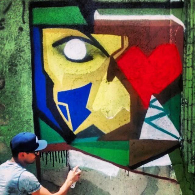 Registro do amigo @patrickcarvalhorj. Valeu irmão! #rodrigoraiz #wildstyle #graffitilovers #graffiti #loveletters #letters #arte #details #iphonesia #Graffiti #freestyle #freehand #Favela #GraffitiRJ #Graffrio #GraffitiRJ #HipHop #humildade #street #SprayArt #streetartrio #StreetArt #Rap #RioDeJaneiro #rua #mtn #spray #life #onelove #ZonaNorte #montana