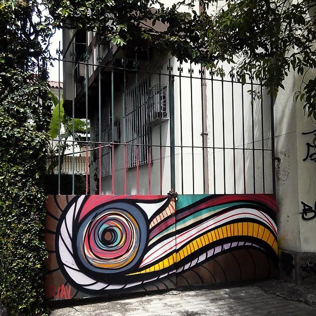 Rio de Janeiro. 26/11/2014   vandalogy #StreetArtRio #streetart #riodejaneiro #graffiti #spray #lo-fi