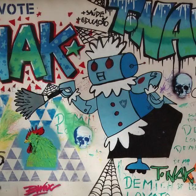 Rosie  #thejetsons #streetart #streetartrio #riodejaneiro #art #hannabarbera