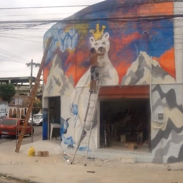 Último painel. 3 dias, 18 litros de látex e 87 sprays. #ilovebombing #streetartrio #street #art #brazil #graffiti #instaart #spray #riodejaneiro #rj #instagraffiti #graffiti #graffite #artederua #art #artist #urbanart #graffitibrazil #graffitebrazil #loveart #spraypaint #streetart #freestyle #graffitirj #graffrio #rua #hiphop #romastreetart