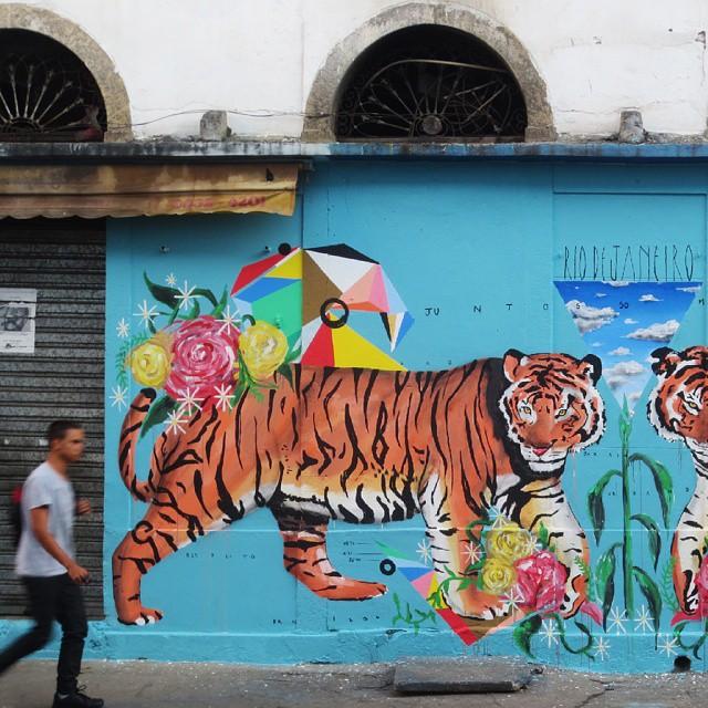 Urban Jungle #streetart #arteurbana #urbanart #sprayartcan #art #arte #instagrafite #Instadaily #muralism #tiger #sprayartcan #design #muralismo #instamood #arteurbano #beautiful  #graffiti #plants #atemporal #instalike #amazing #animais #nature #streetartrio #contemporaryart #love #animals #artecontemporanea #picoftheday #photooftheday