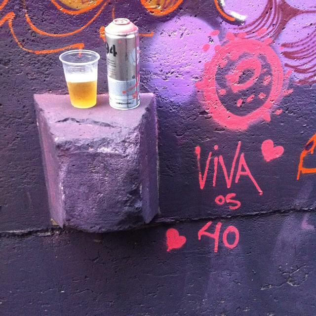 Viva os 40! #graffiti #streetartrio #vandal #vidigal #riodejaneiro