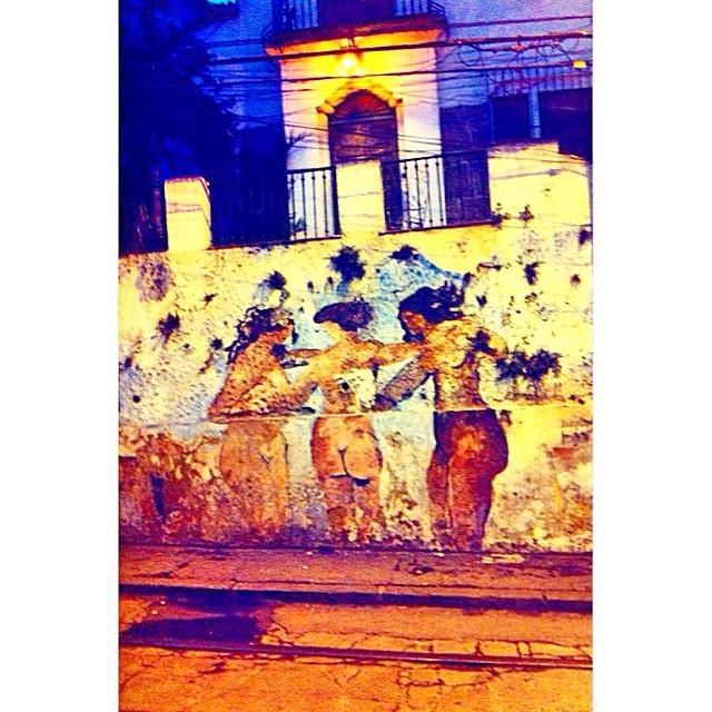 #errejota #artederua #santateresa #pontodevista #carioca #olhar #riomais #picoftheday #vsco #vscofeature #artistic #photo #rj #rioguiaoficial #destinoerrejota #streetart #rioetc #streetartrio #urbanart #lifestyle #021Rio #igersrio #021RJ #arte #artrio #instaart #instario #instacarioca