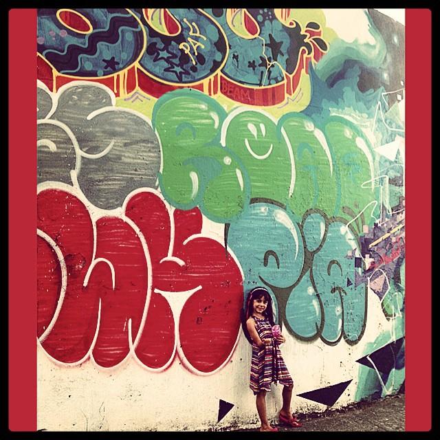 #graffiti #bomber #cap @desde_1986 & #mm  #ninabailarina #liderdacrew #styling #marygirl #artcollective @idolnoproject  #artederua #arteurbana #streetart #streetartrio #idolnostyle #streetstyle