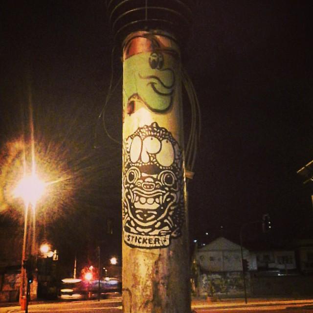 #sticker #streetart #urbanart #publicspacetakeover #streetartrio #streetartnadureira #riobynight #artederua