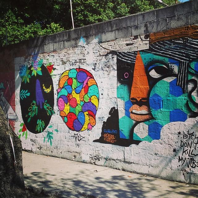 RIOQRNTAMIUGRAU Fecha com bois CWB. #nrvo #calor #cidadedesespero #reveillon #streetartrio