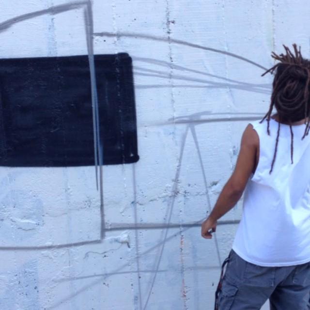 #kajaman #heitorcorrea e #marceloeco começando os trabalhos #streetartrio #fau2014 #dropeportalr #livepainting