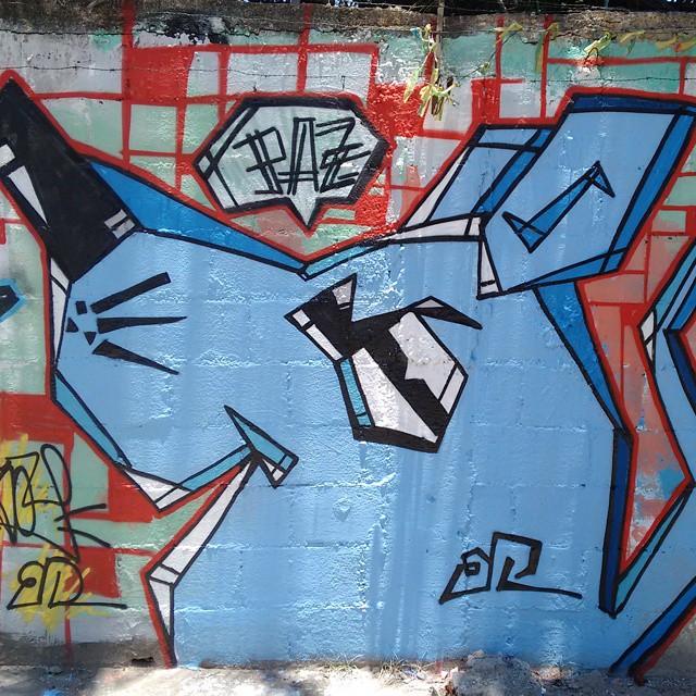 #ratimblu #rua #Graffitiart #streetartrio #streetart #galeria #cubismo #esquadrãorataria #artderua #arturbana #artdalata #spray