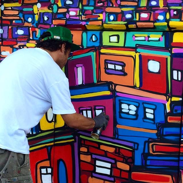 Cerro Corá, casa do mais novo amigo, marceneiro de primeira Leo Rodrigues, foto do amigo @pedrongomes #graffiti #freestyle #freehand #spraypaint #spraycan #streetartrio #instagrafite #riodejaneiro #rio #rj #carioca #mentone #malucobeleza