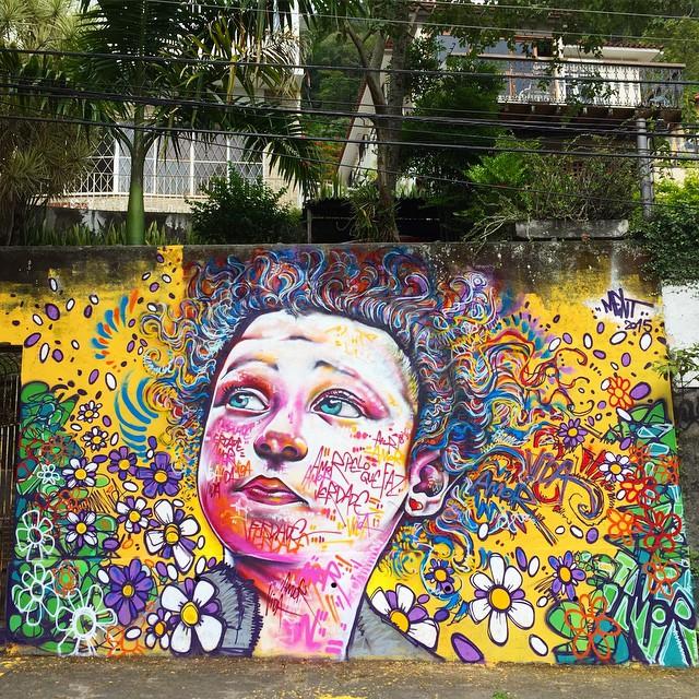 Daylight... #graffiti #streetartrio #instagrafite #spraypaint #alicerules #riodejaneiro #zonanorte #rio #rj #mentone #carioca #marceloment