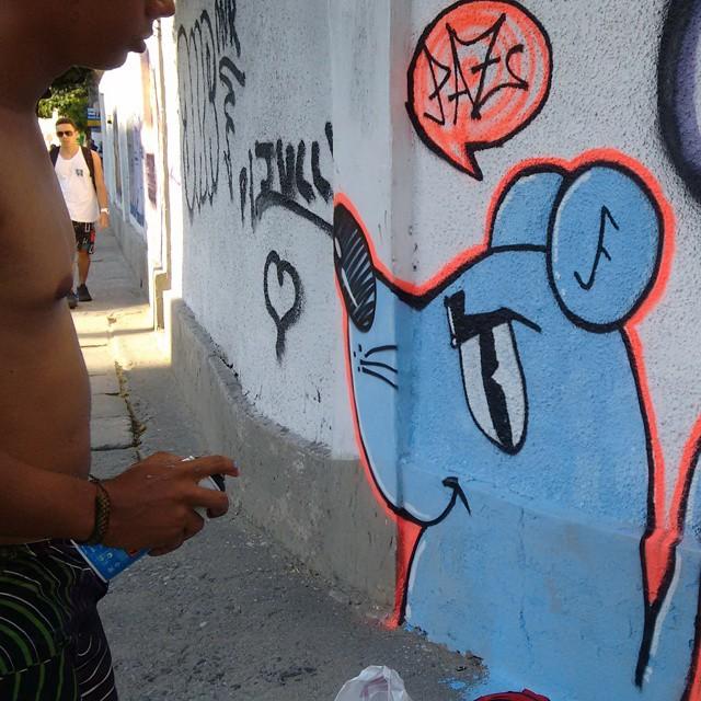 #ratimblu #rua #stencilart #Graffitiart #galeria #streetartrio #vandal #esquadrãorataria #artderua #artdalata #arturbana