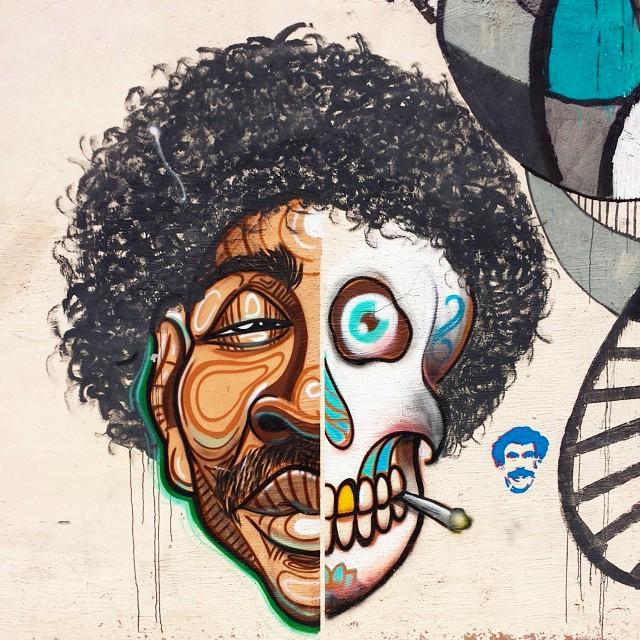 Muros cariocas. ☆☆☆☆☆☆☆☆☆☆☆☆☆☆☆☆☆☆☆☆☆☆☆ (Quem souber o nome e o Ig do artista é só comentar que eu marco na foto) ☆☆☆☆☆☆☆☆☆☆☆☆☆☆☆☆☆☆☆☆☆☆☆ Por aí, TJK - Rio - Brasil ☆☆☆☆☆☆☆☆☆☆☆☆☆☆☆☆☆☆☆☆☆☆☆ #streetphoto_brasil #rsa_graffiti #dsb_graff #tv_streetart #nexus_streetart #splendid_urban #all_wallshots #filthyfacades #arteemfoco #simplesarte #chiquesnourtemo #arte_criativa #smartgrafia #subexpostos #royalsnappingartists #infamous_family #dopeshotbro #entreamigosbrasil #streetartrio #arte_of_nature #artederua #streetart #urbanart #graffitiart