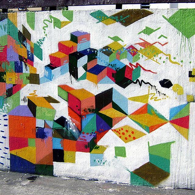 No Méier em 2008!! #arte #pintura #graffiti #abstraçãogeométrica #spray #palavraspintadas #espaçovazio #diálogomudo #tintasnosmuros #fotografia #cores #streetartrio