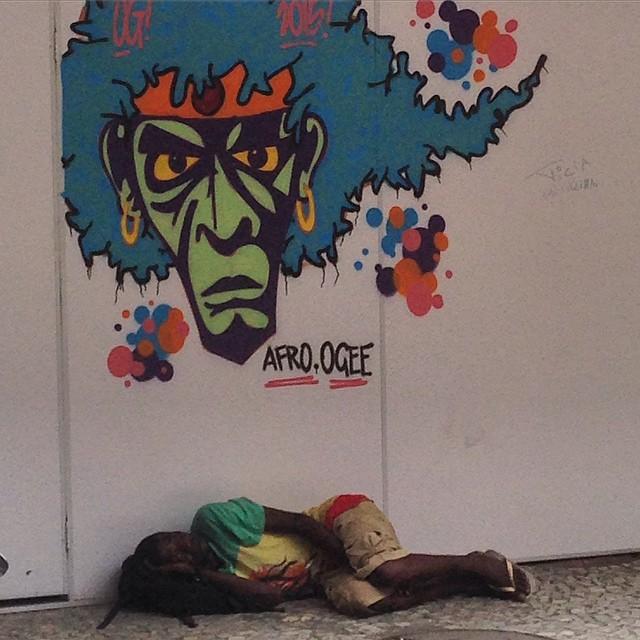 #grafite #graffitigram #graffiti #instagraffiti #graff #urbanart #streetart #streetartrio #stencil #artederua #arteurbana #intervencaourbana
