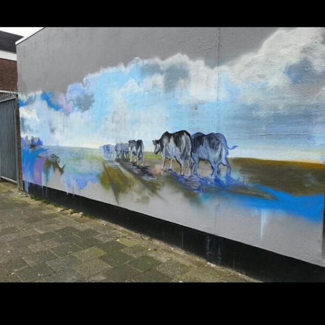 Boter #instagraffiti #streetart #streetgraff #streetwriters #streetartrio #streetartist #streetarteverywhere #dutchstreetart #dutchgraffiti #hierendaar #fromthestreets #publicart #urbanart #urbangraff #urbanwalls #thisisstreetart #globalstreetart #klotter #ilovegraffiti #wallart #wallpainting #wallcolours #muralsonthewall #notjustwalls