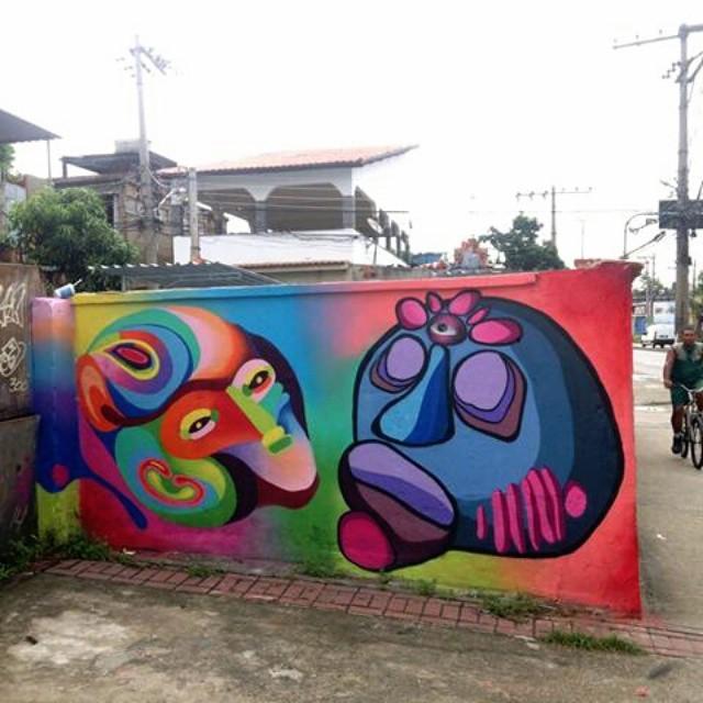 Pintura feita no território do amigo @tainancabral .  #streetart #graffiti #streetartbrazil #streetartrio #tainancabral #ururah #florolho #flowereye #arteurbana #art #arte