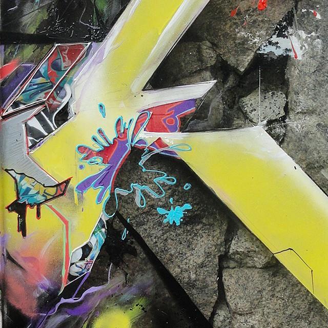 Pontosdevist@gmail.com  #letters #graffiti #streetart #detail #streetartrio #graffitilovers #urbanart #mtnrio #texture #canvas #print #art