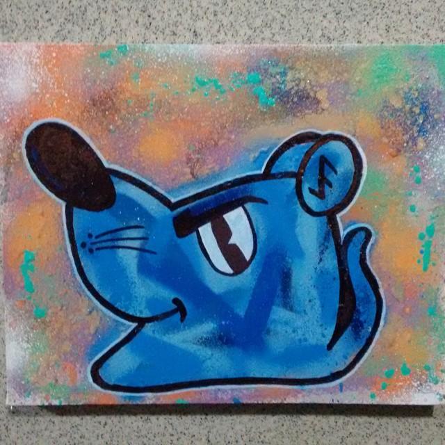 Spray sobre tela. #ratimblu #niteroi #arte #artecore #artgraffiti #fineart #galeria #galeriadearte #StreetArtRio #artgraffiti #artdalata #artwork #colores #culturaniteroi #colour #cores #artgallery #tela #pack #paint