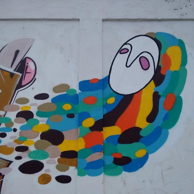 Acompanhado das cores, venho aprendendo com o que elas tem de melhor. #rjvandal #rua #campogranderj #streetartrio #graffiticarioca #graffitirj #freeworldcrew #arteurbana #artcarioca #ruasdorj
