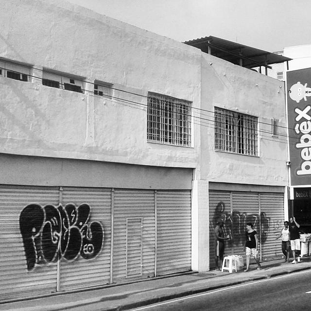 Amo madureira #madureira #graffitivandal #rjvandal #tagsandthrows #bomberj #vandal #tagsandthrows #welovebombing #ruasdazn #streetartrio #artistasurbanoscrew #estiloriginal #carreirasolo