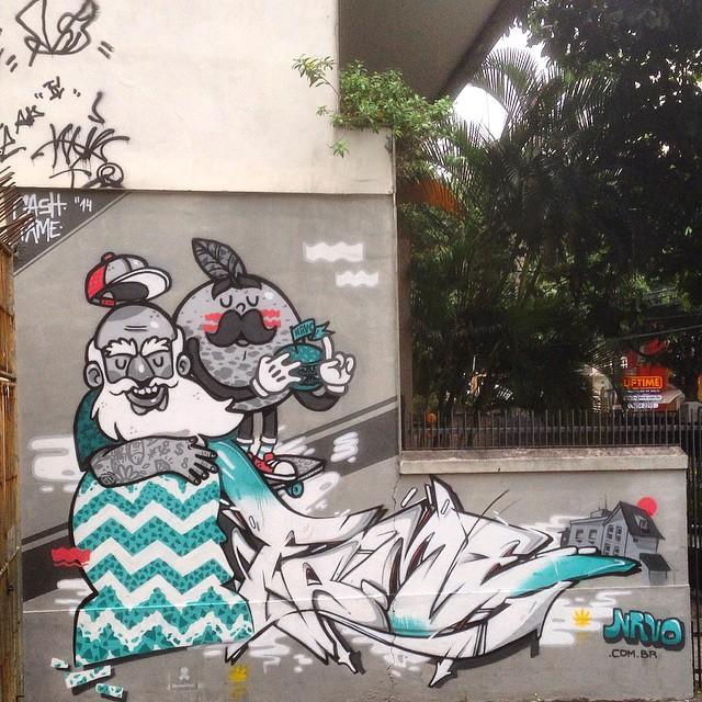 Art done by @viniciuscarvas @betofame #nrvo #graffiti #streetart #streetartrio #urbanart #MuralsDaily #tijukistan #nofilter #tijuca #riodejaneiro #brazil