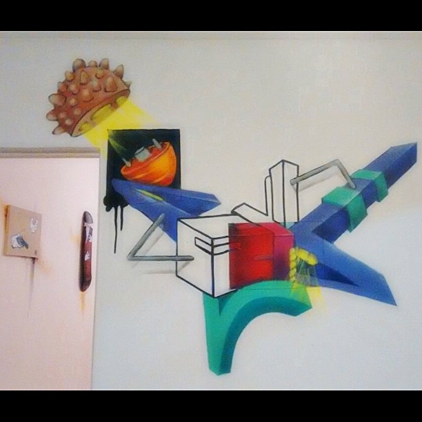 ...Arte concluída pra exposição Arte Viva que acontece no espaço de Cultura e Arte João Velho ! #Graffiti #StreetArt #StreetArtRio #UrbanArt #GraffitiVandal #Vandal #Spray #Cans #Ink #Colors #ArteViva #ArteUrbana #Colorgin #Mtn94 #Expo #EspaçoJoaoVelho #Graffiti3D #3D #Cores #LuzEsombra