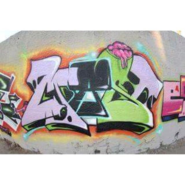 Baixada style 2013. #eliasmast #arteurbana #streetartrio #grafiti