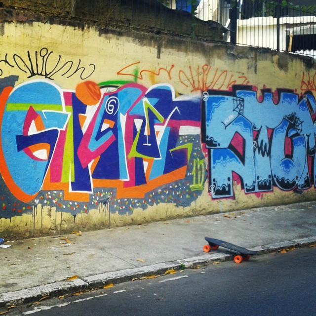 Dose Dupla! #Giant #St1 #Ruasdazn #streetartrio #KlanD #Escritoresdarua #TodoDiaRabiscando