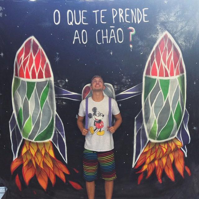 É galera, TEDx PUC-Rio 2015 vem aí! O tema é G R A V I D A D E Z E R O! Inscrições no site www.tedxpucrio.com Arte por mim e pela grande @umaflora