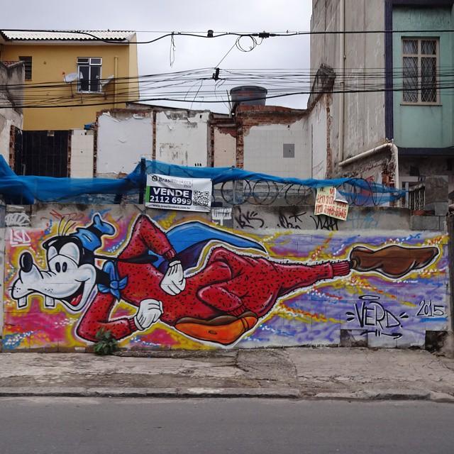 Graffiti wall by Verd. #supergoof #superpateta #disney #streetartrio #graffitiart #urbanart #arteurbana #streetart #artederua