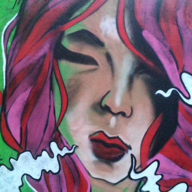 O seu batom mata mais que uma pistola... @orienterj #graffiti #art #StreetArtRio #girl #colors #leandroice #rj #jacarepagua