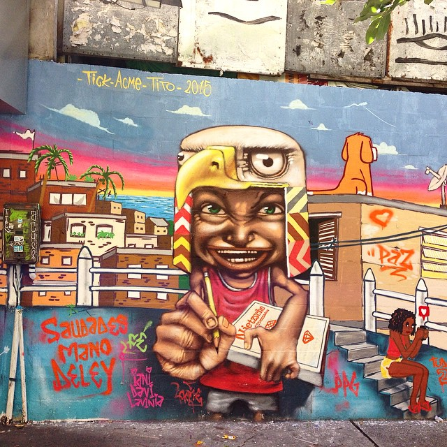 Other part of the mural by @tito_na_rua #acme and #tick #graffiti #streetart #streetartrio #urbanart #muralsdaily #nofilter #copacabana #riodejaneiro #brazil