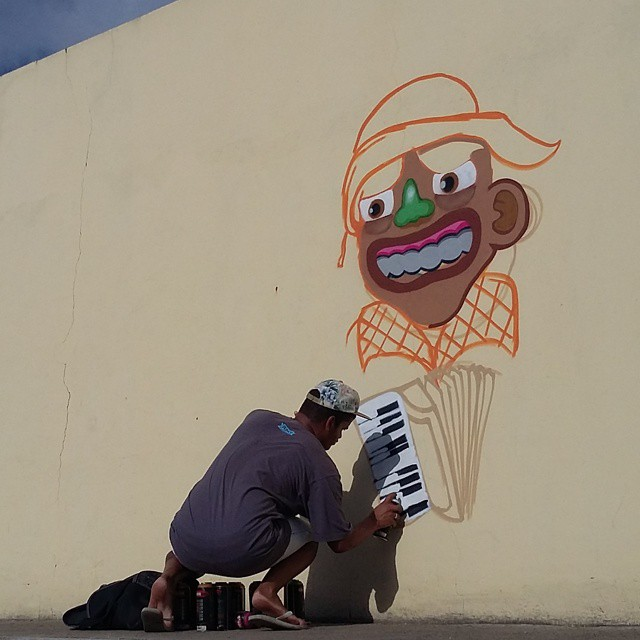 Oxente! #ruasdazn #rjvandal #streetartrio #galeriaaceuaberto #wallacepato #pato #graffrio #graffiti #graffitibrazil #kobrapaint #kobra #colorgin #brazil #sertao #nordeste #repente #brasil #cultura #hiphop #rap #street #grafite #art #arte #arturbana #zonanorte #instagraffiti