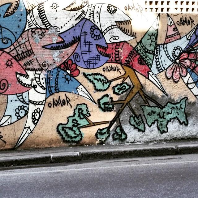 Rua Leopoldina Rego - Muro da Supervia - Rio de Janeiro-RJ Brasil #graffiti #graffitiart #graffitiwall #streetculture #streetphotography #streetstyle #urbanart #spraypaint #graffitirio #StreetArtRio #muros #artederua #streetart #arteurbana #welovestreetart #mural #streetartfiles #graffart #graffittigers #spraypaint #graff #wallart #olheosmuros #loves_street_art #graffitilegends #streetartofficial #streetarteverywhere #streetartistry #stickerart