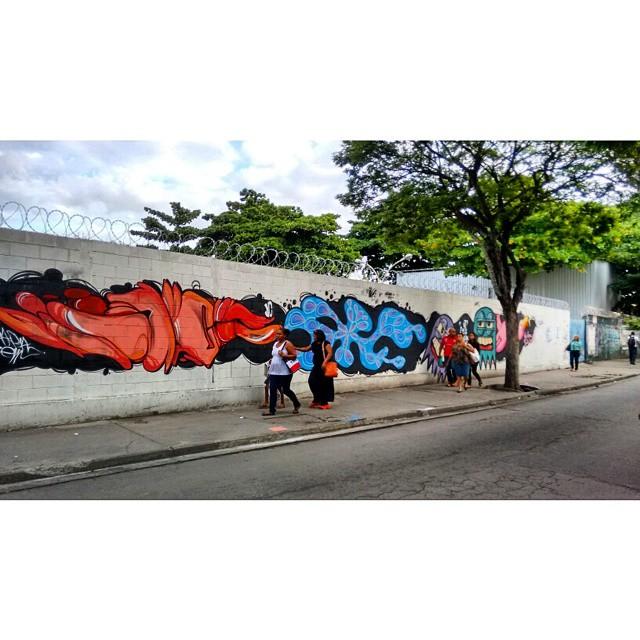 Trapa crew in mary grace...... #InstaSize #instaart #spray #riodejaneiro #rj #instagraffiti #graffiti #graffite #artederua #art #artist #urbanart #graffitibrazil #graffitebrazil #loveart #spraypaint #streetart #freestyle #graffitirj #graffrio #rua #mtn #hiphop #streetartrio #ruasdazn #tafaltandomuro