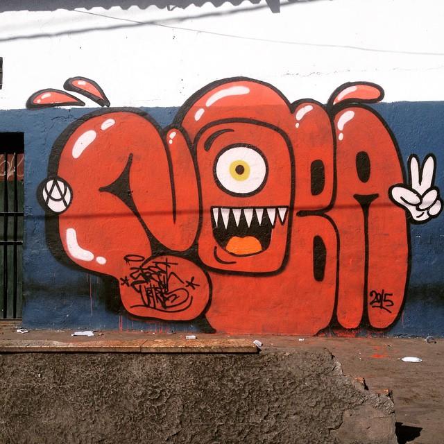 Uma ginga em cada andar e p bicho continua... O mesmo sentimento de 15 anos atrás... #artistasurbanoscrew #ruasdazn #rjvandal #streetartrio #graffitiwriters #writers #graffiti #riograffiti #riodejaneiro #zonanorte #urbanart #toxicgraffiti #streetart #bomb #tagsandthrows #throwups #oldschool #pandronobã #nobã #jacaré 2015